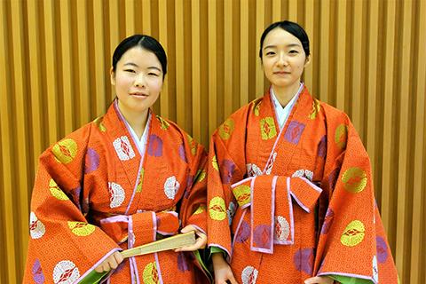 三宅さん(左)