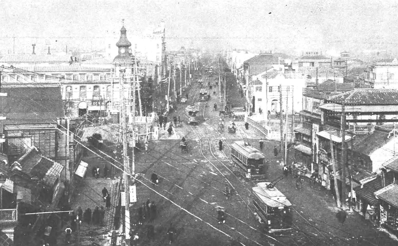 『東京府名勝図絵』より、1912(明治45)年の新橋市街の様子。(写真:国立国会図書館)