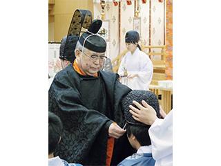 嵐義人神道文化学部教授